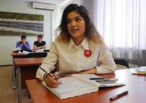 Представители молодежной палаты проведут для школьников образовательные лекции. Фото: Александр Кожохин, «Вечерняя Москва»