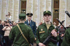 Почти 500 новобранцев Семеновского стрелкового полка приняли присягу. Фото: Пелагия Замятина, «Вечерняя Москва»