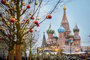 Прогулка начнется с Манежной площади. Фото: Наталья Феоктистова, «Вечерняя Москва»