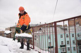 Около 30 тысяч кубометров снега вывезли с улиц Центрального округа. Фото: Пелагия Замятина, «Вечерняя Москва»