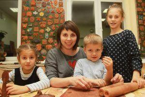 Творческий мастер-класс организовали в Центре эстетического воспитания детей. Фото: Наталия Нечаева, «Вечерняя Москва»