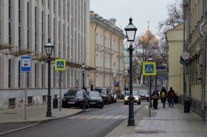 Территорию вдоль улицы Большая Почтовая благоустроят. Фото: Анна Быкова