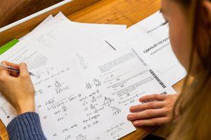 Тесты на COVID-19 сдали 30 тыс сотрудников столичных пунктов сдачи ЕГЭ