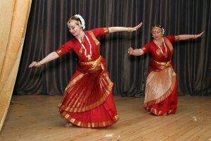 Дистанционный открытый урок по индийским танцам провели сотрудники Дома культуры «Гайдаровец». Фото предоставили в пресс-службе Дома культуры «Гайдаровец»