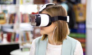 Трансляцию занятий в Высшей школе экономики проведут в режиме дополненной реальности. Фото: сайт мэра Москвы