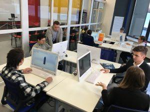 Представители Высшей школы экономики расскажут о правилах проведения онлайн-мероприятий. Фото: Владимир Новиков, «Вечерняя Москва»
