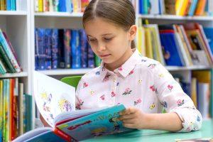 Литературное занятие провели сотрудники библиотеки имени Антона Дельвига. Фото: сайт мэра Москвы