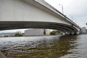 Пешеходный мост планируют построить в районе. Фото: Анна Быкова